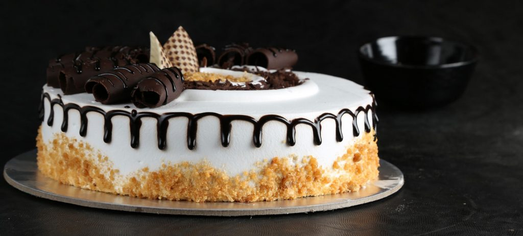 Does in the online reasonable and delicious cake is available
